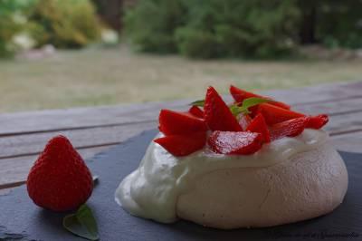 Presque une pavlova aux fraises...