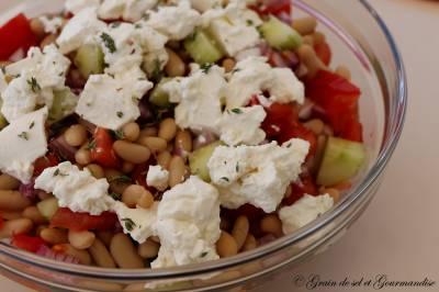 Salade d'été aux haricots blancs