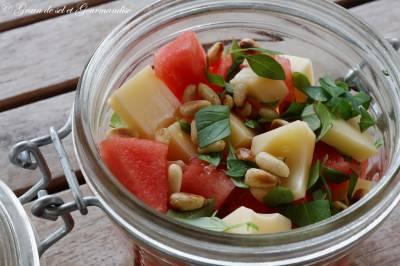 Salade pastèque-emmental-basilic